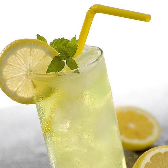 5202-limonada-casera-bebida-refrescante-para-ninos